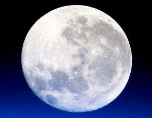 hechizos en luna llena